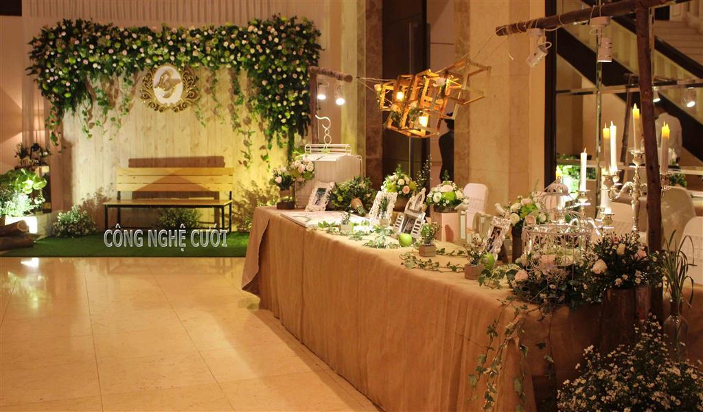 Bàn gallery đám cưới