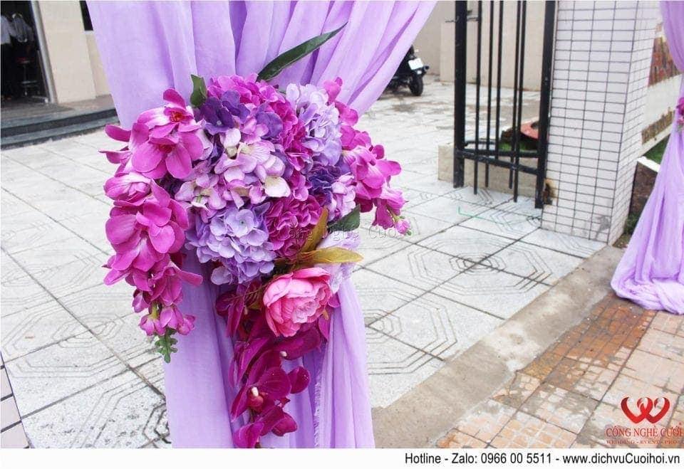Trang trí tiệc cưới trọn gói tông màu tím- Cổng hoa lễ vu quy