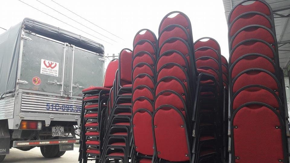 Phương tiện vận chuyển xe tải