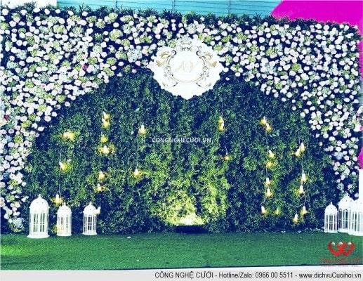 Trang trí Backdrop nhà hàng, dịch vụ cưới hỏi trọn gói Công Nghệ Cưới