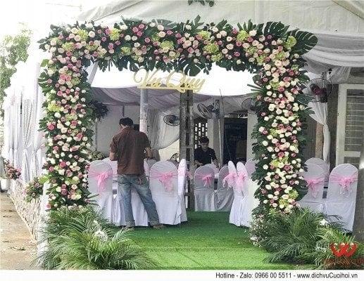 Trang trí công hoa tươi, dịch vụ cưới hỏi trọn gói Công Nghệ Cưới