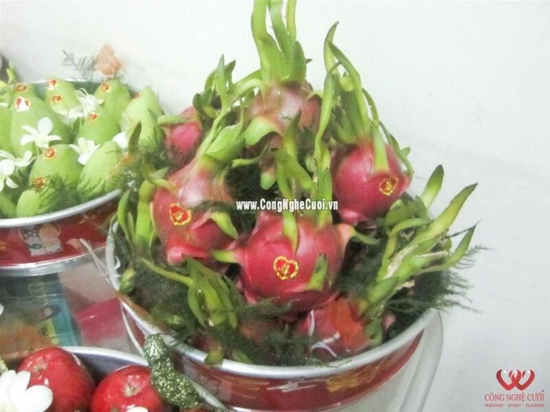 Mâm quả trái cây thanh long cưới hỏi